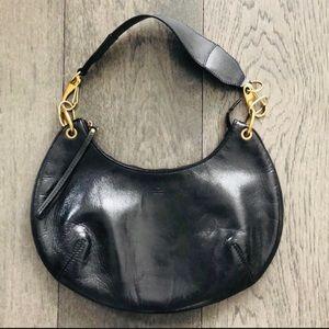 Gucci 100% Authentic  black leather shoulder bag